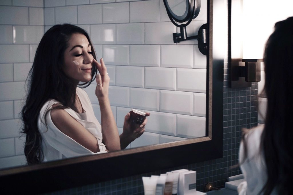 8 Tips for Cutting Down your Getting Ready Time in the Morning | Olay Regenerist Whips