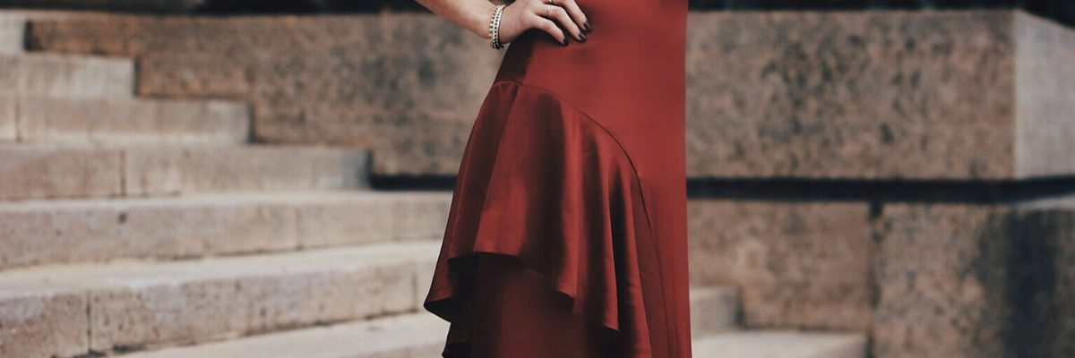Valentine's Day | A Stunning Gown and a Round up of Dresses